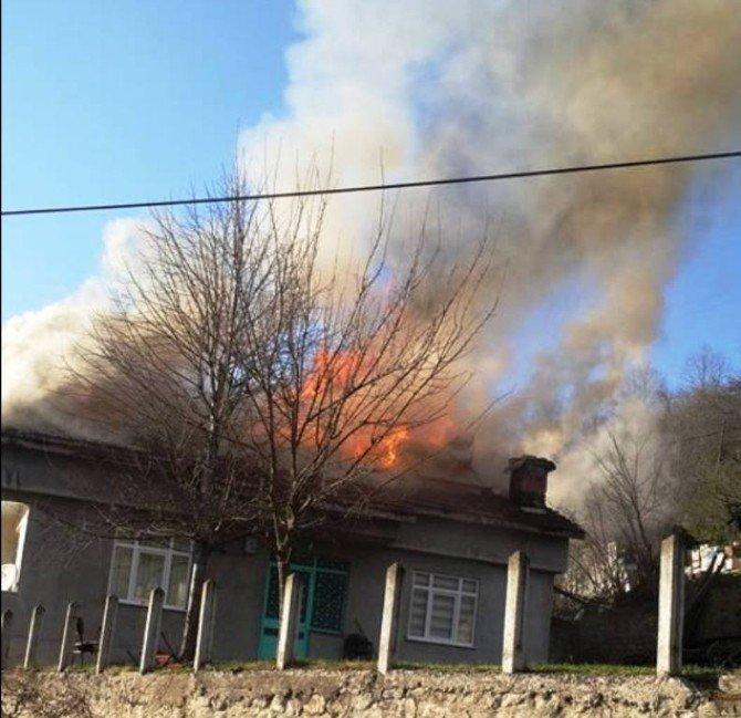 Fatsa'da Ev Yangını