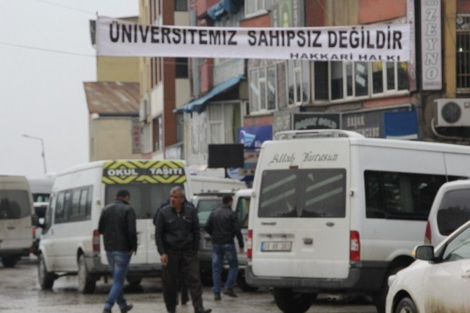 Hakkari'de Üniversitenin Taşınacağı İddialarına Tepki