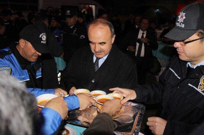 Konya Polisine Kafe Araç
