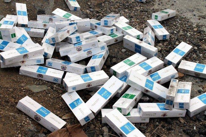 Camlar Kırılınca 90 Bin Paket Kaçak Sigara Çıktı