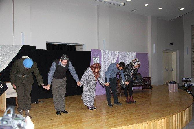 Seydişehir'de, 'Karar Senin İlk Namaz' Oyunu Sahnelendi