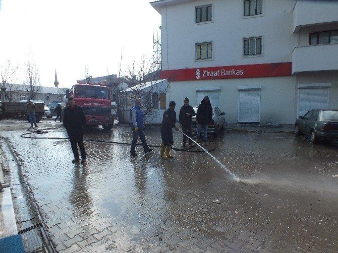 Malazgirt Belediyesi'nden Bahar Temizliği