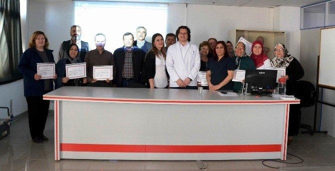Salihli'de Diyabet Okulu İlk Mezunları Sertifikalarını Aldı