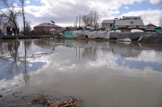 Muş'ta Sel Baskını