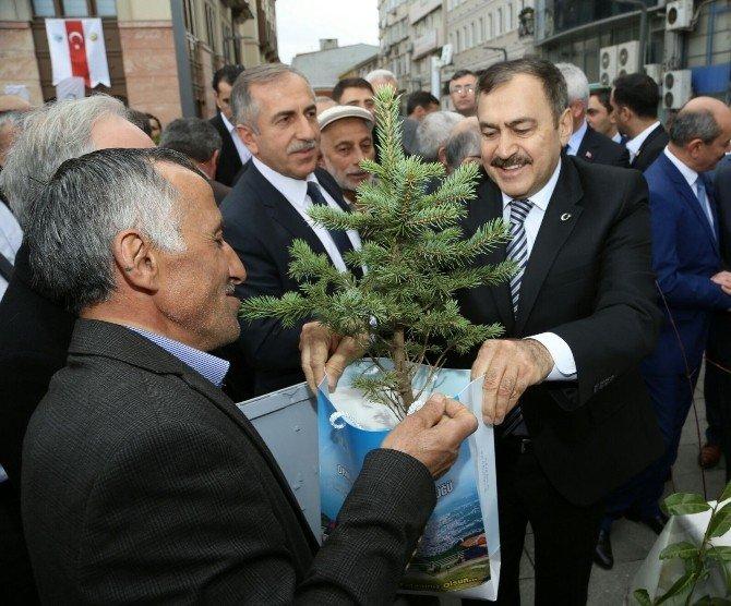 """Bakan Eroğlu: """"Hes'lerden Geri Adım Atmayacağız"""""""