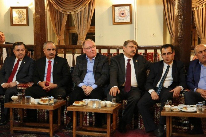 AK Parti Milletvekili Bilgin İrfan Meclisi'nin Konuğu Oldu