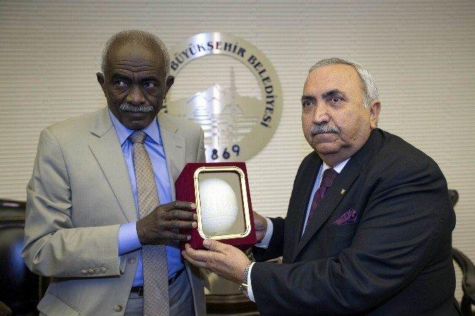 Sudanlı Heyet Büyükşehir'i Ziyaret Etti