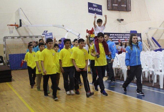 Sultanbeyli'de 5 Bin Sporcuyla Bahar Spor Okulları Açılışı