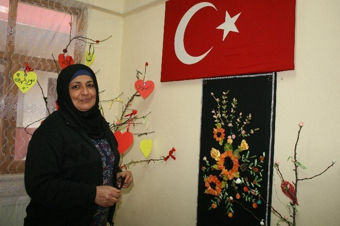 Yanı Başlarında Patlayan Bombalar Kadınları Hayata Küstürmedi