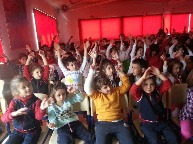 My Kolej Öğrencileri 'Sütlaç Şov' İle Eğlendi
