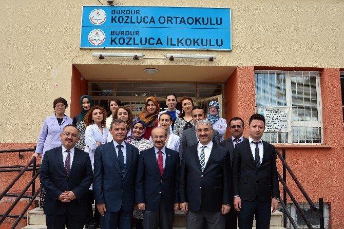 Vali Kürklü'den Okul Ziyareti