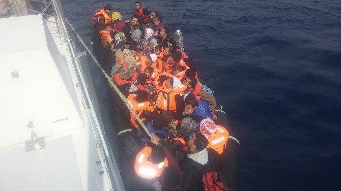 Antalya Sahil Güvenlik Ekipleri 120 Mülteciyi Kurtardı