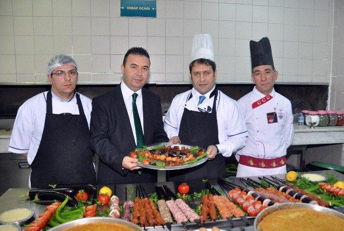 AB Bakan Yardımcısı Şahin, Yemişhan'da Mangal Başına Geçti