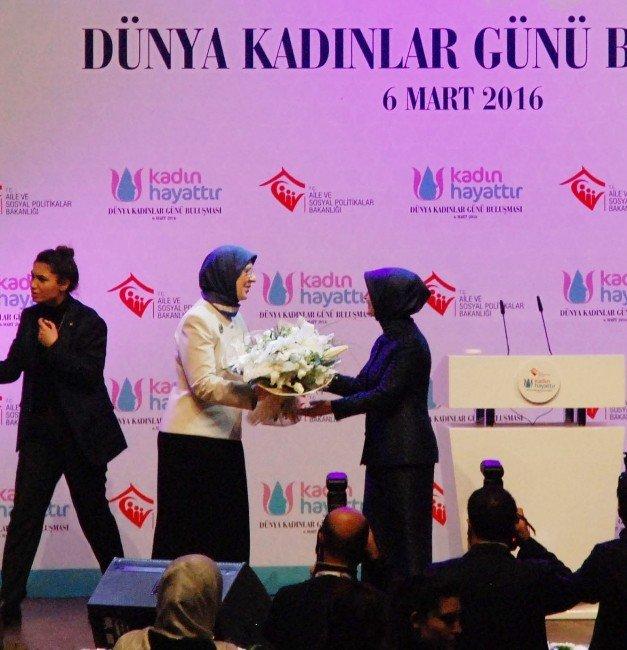 """Sare Davutoğlu: """"Daha Güzel 8 Martlar İçin Yoğun Şekilde Çalışıyoruz"""""""
