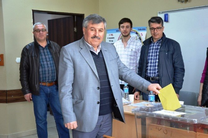 Biga'da Muhtarlık Seçimi