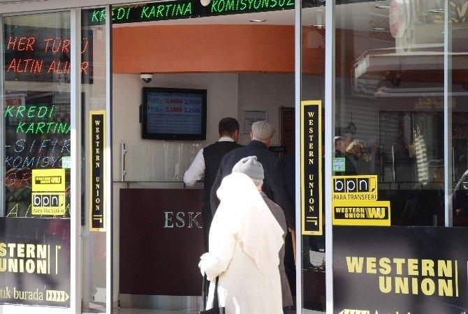 Eskişehir'de Döviz Bürosunda Hırsızlık Girişimi