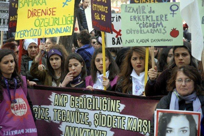 Eskişehir'de 8 Mart Dünya Emekçi Kadınlar Günü Yürüyüşü