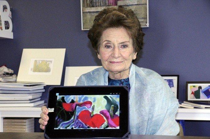 Teknoloji Aşkıyla 79 Yaşında Hayata Tutundu