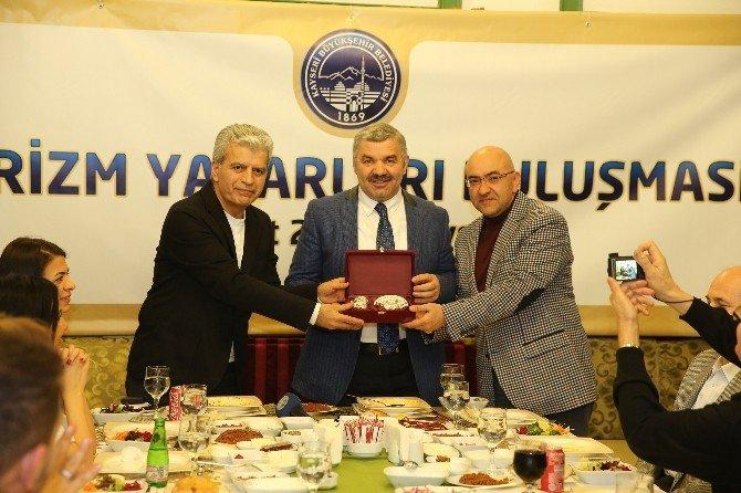 Turizm Yazarları Kayseri'de Buluştu