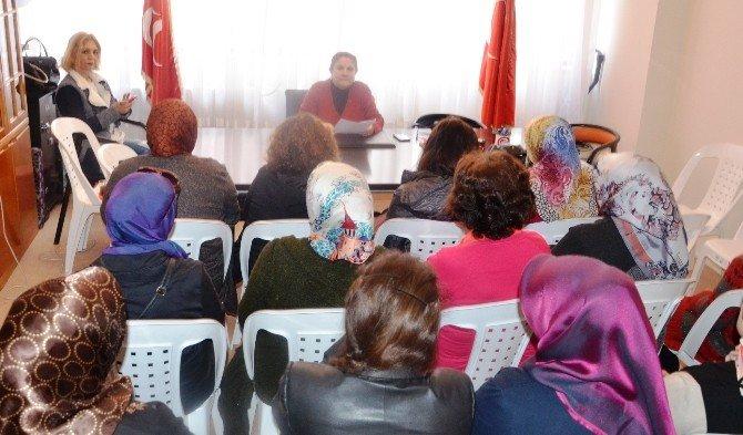 MHP Kadın Kolları'ndan 8 Mart Dünya Kadınlar Günü Açıklaması