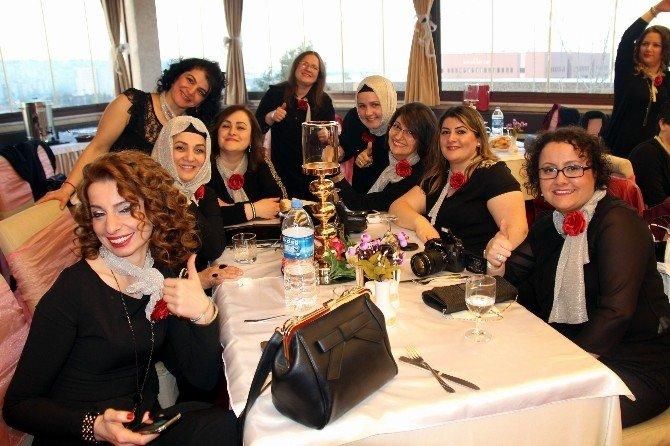 İşitme Engellilerden Kadınlar Günü Eğlencesi