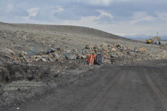 Kars Barajı Sulama Hattı Çalışmaları Sürüyor