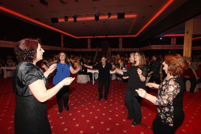 Başkan Yaşar, Yenimahalleli Kadınlarla Buluştu