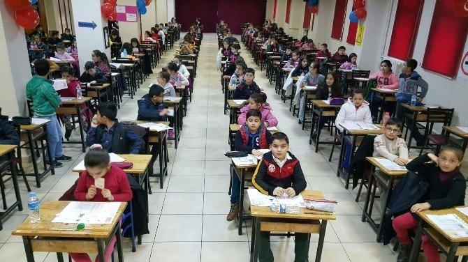 TED Kolejinde Tam Eğitim Bursluluk Sınavına 908 Öğrenci Katıldı