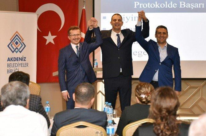 Akdenizli Meclis Üyelerine Protokol Eğitimi