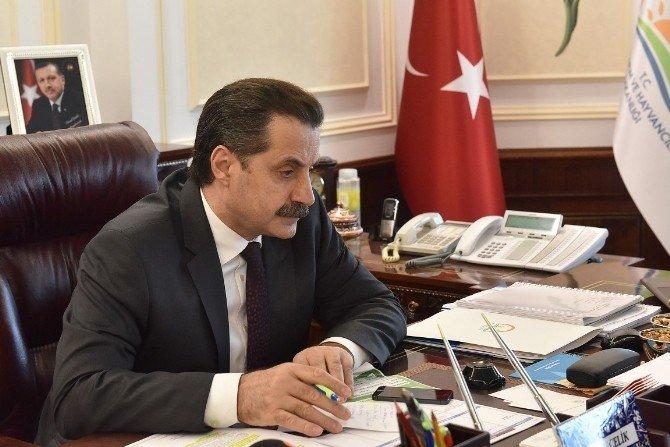 Tarım Bakanı Faruk Çelik Üreticilerle Görüşmeye Devam Ediyor