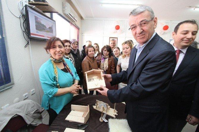 Gaziemir'de Kadın Dostu Başkan İle Güçlü Kadınlar