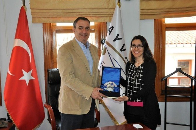 Erzurum Atatürk Üniversitesi Mimarlık Bölümü Öğrencileri Ayvalık'ta Mimari Proje Çalışması Yaptı