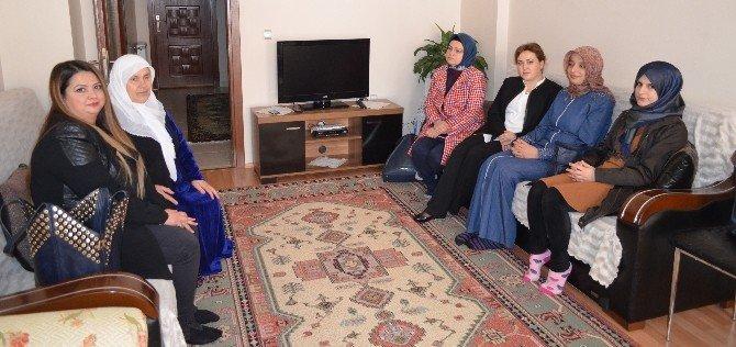 Kadınlar Günü'nde, Anlamlı Ziyaret