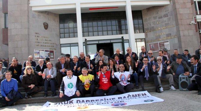Kadrolaşmaya karşı yürüyen eğitimcilere 1 yıl 3 ay hapis