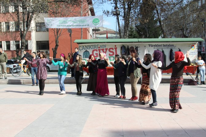 Çankırı'da Kürtçe pankart ve şarkı gerginliğe neden oldu