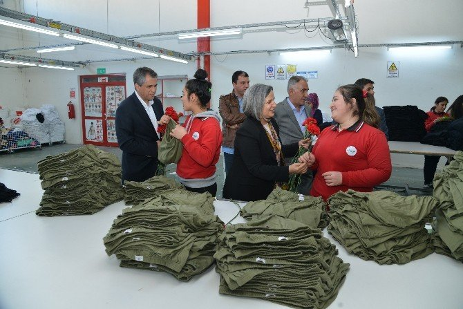Eş Başkanlardan Fabrikalara 8 Mart Ziyareti