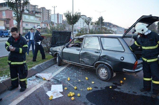 Fatsa'da Trafik Kazası: 2 Yaralı