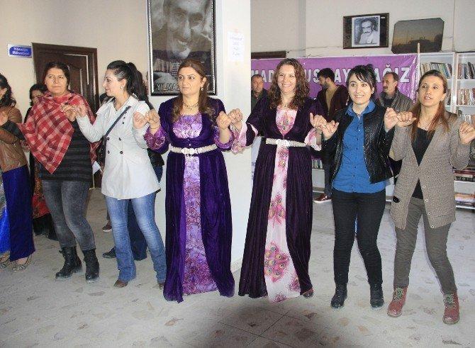 Hakkari'de 8 Mart Etkinliği