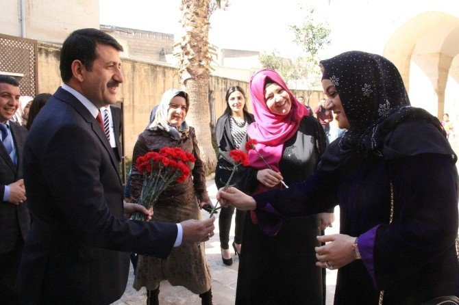 İkbal Gürpınar Şanlıurfa'da Kadınlarla Buluştu