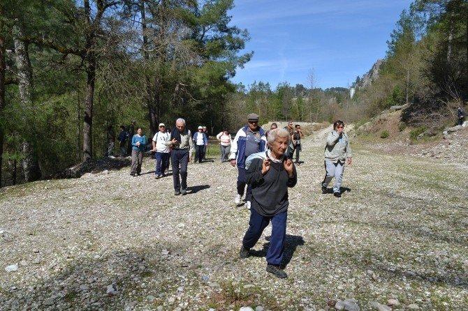 Konyaaltı Belediyesi'nden Anlamlı Yürüyüş