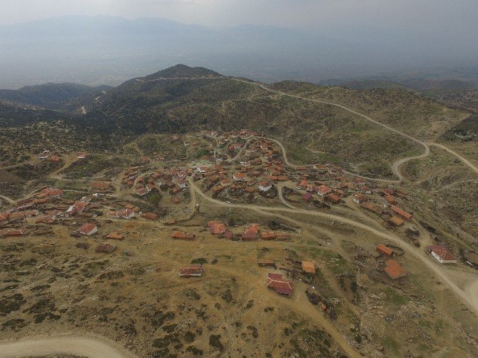Büyükşehir Ve Alaşehir Belediyesi El Ele Verdi Sorunları Çözdü