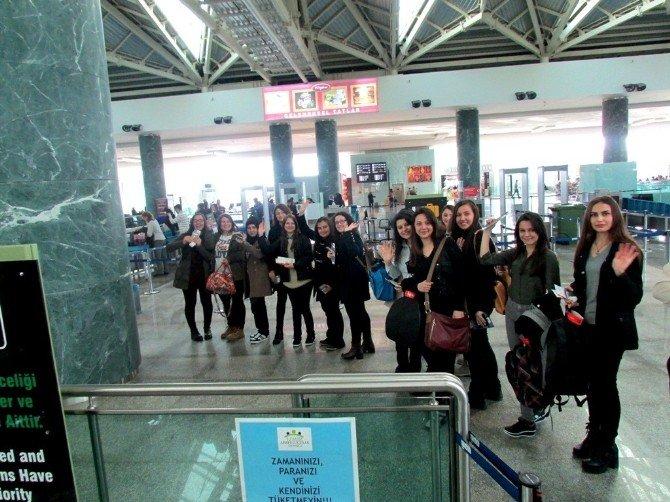 Sarıgöllü Öğrenciler Staj İçin Portekiz'de
