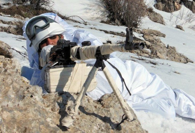 Mehmetçik'ten Zorlu Kış Koşullarında Terörle Mücadele Operasyonu