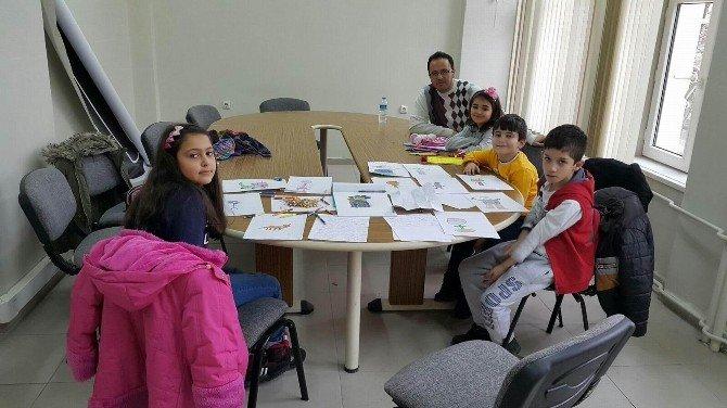Minik Öğrenciler Kendi Hikaye Kitaplarını Yazıyor