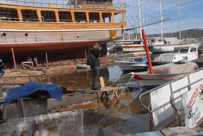 Fethiye'de Teknede Yalnız Yaşayan Şahıs Ölü Bulundu