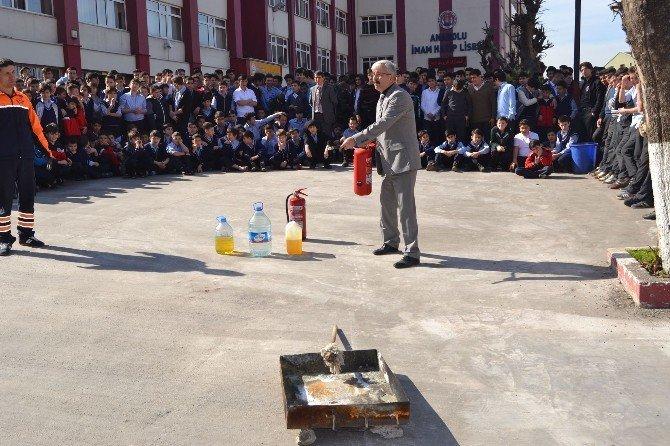 İmam Hatip Lisesi Öğrencileri Yangın Ve Kurtarma Tatbikatını Başarıyla Gerçekleştirdi