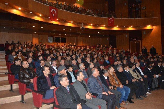 Ortadoğu Ve Türkiye İle Yakın Tarihte Ortadoğu Konferansı Düzenlendi