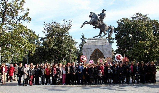 """""""8 Mart Dünya Kadınlar Günü"""" Kutlamaları Başladı"""