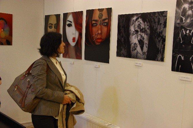 Fotoğrafçı Kadınlardan Türkiye'de Bir İlk