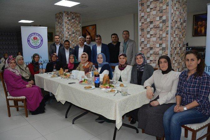 Bafra Eğitim Bir-sen Kadın Komisyonu Tanışma Toplantısı